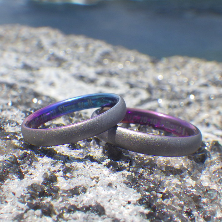 タンタルの陽極酸化発色をデザインに・タンタルの結婚指輪 Tantalum Rings